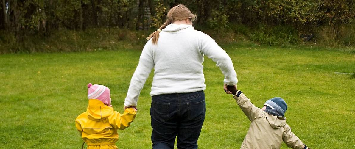 fet mor med barn.jpg